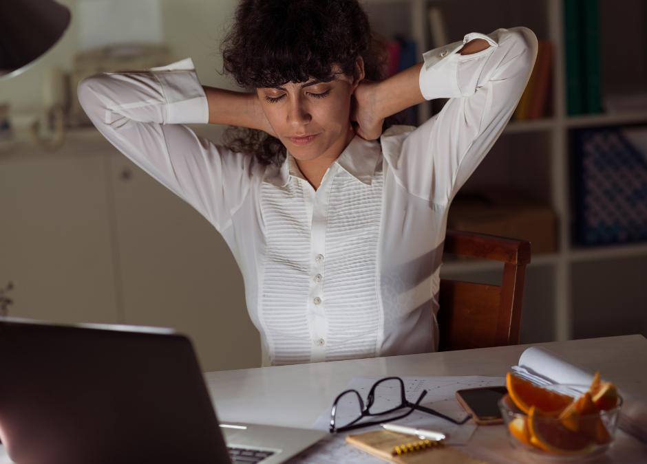 Office Ergonomics: 10 Tips for Proper Desk Posture